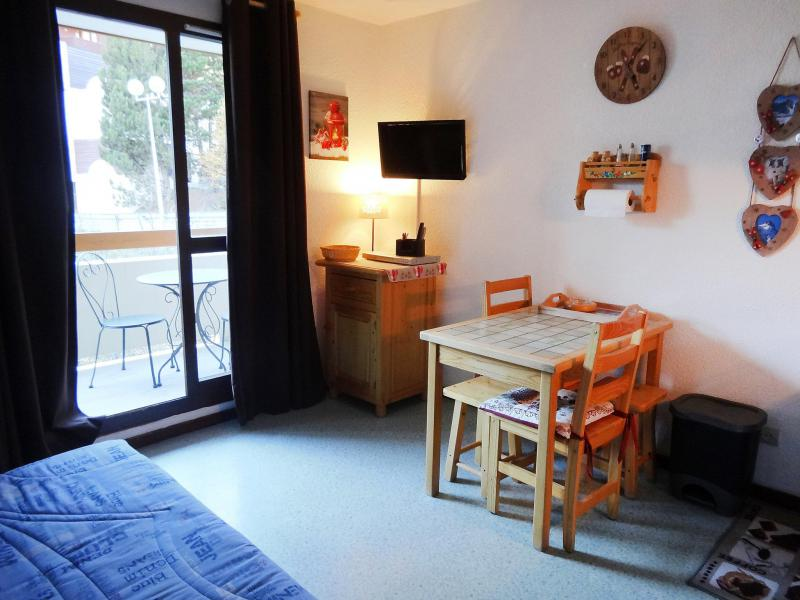 Holiday in mountain resort 1 room apartment 3 people (21) - Chalets du Soleil - Les 2 Alpes - Accommodation