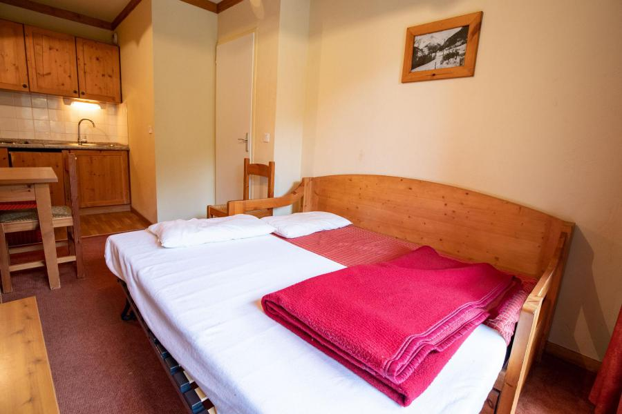 Holiday in mountain resort 2 room apartment 4 people (A231) - Chalets du Thabor - Valfréjus