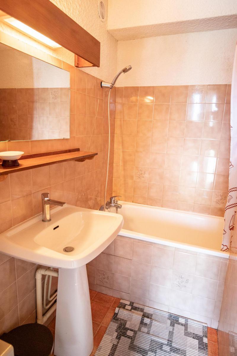 Vacaciones en montaña Apartamento cabina 2 piezas para 6 personas (EP66D) - Chalets les Epervières - La Norma - Camas superpuestas
