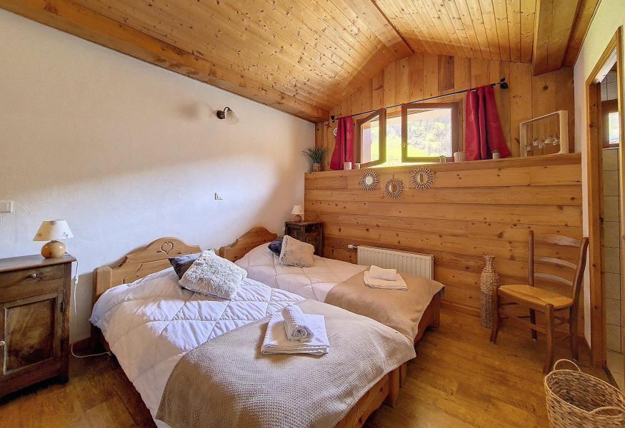Vacances en montagne Chalet triplex 4 pièces 6 personnes (Siana) - Chalets les Granges - Saint Martin de Belleville - Chambre