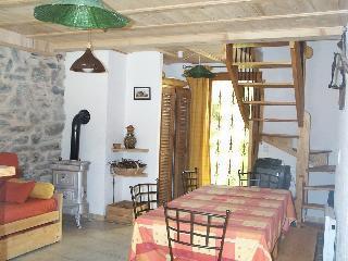 Vacances en montagne Chalet 3 pièces 6 personnes (Marie) - Chalets les Varcins - Saint Martin de Belleville - Coin repas