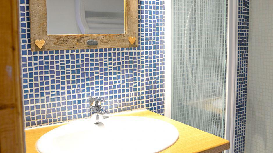 Holiday in mountain resort Chalets Violettes - Saint Martin de Belleville - Bathroom