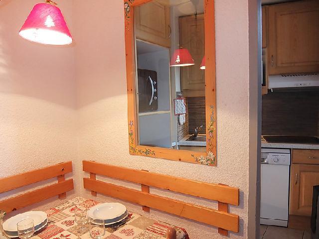 Vakantie in de bergen Appartement 2 kamers 5 personen (1) - Chanteneige la Croisette - Les Menuires - Tafel