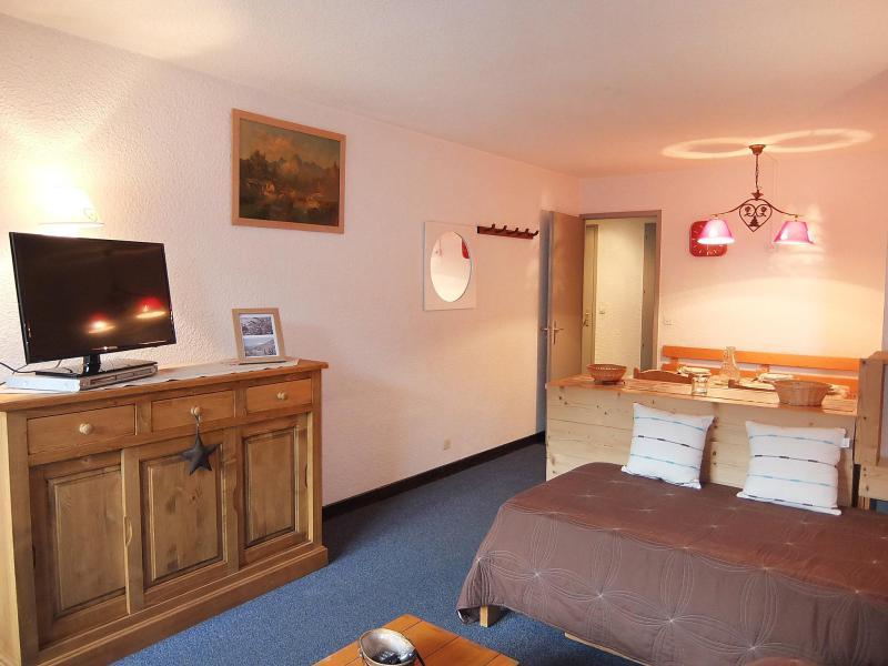 Vakantie in de bergen Appartement 2 kamers 5 personen (1) - Chanteneige la Croisette - Les Menuires - TV