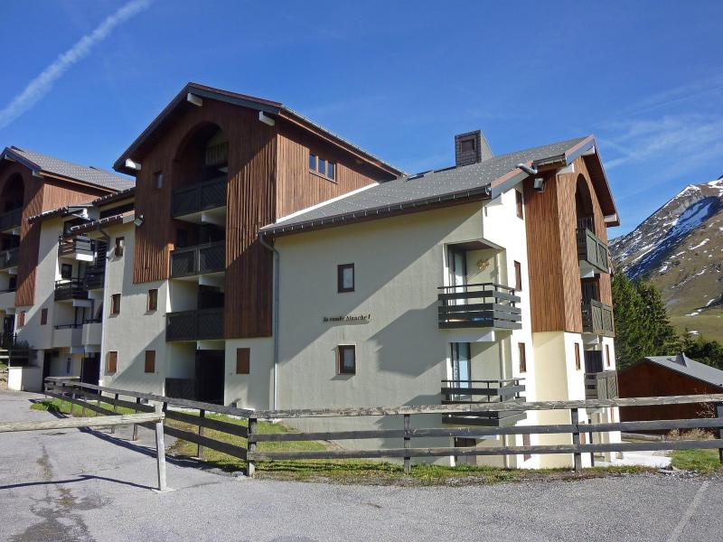 Holiday in mountain resort Combes Blanche 1 & 2 - La Clusaz - Summer outside