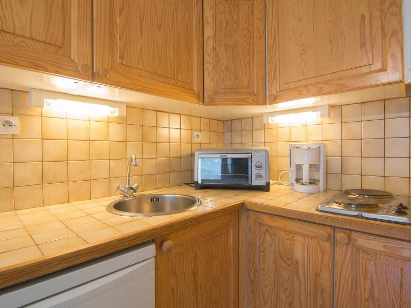 Holiday in mountain resort 1 room apartment 4 people (1) - Cosmos - Le Corbier - Accommodation