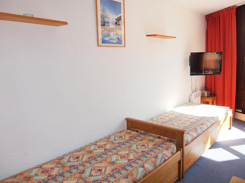 Holiday in mountain resort 1 room apartment 4 people (1) - Grande Masse - Les Menuires - Accommodation