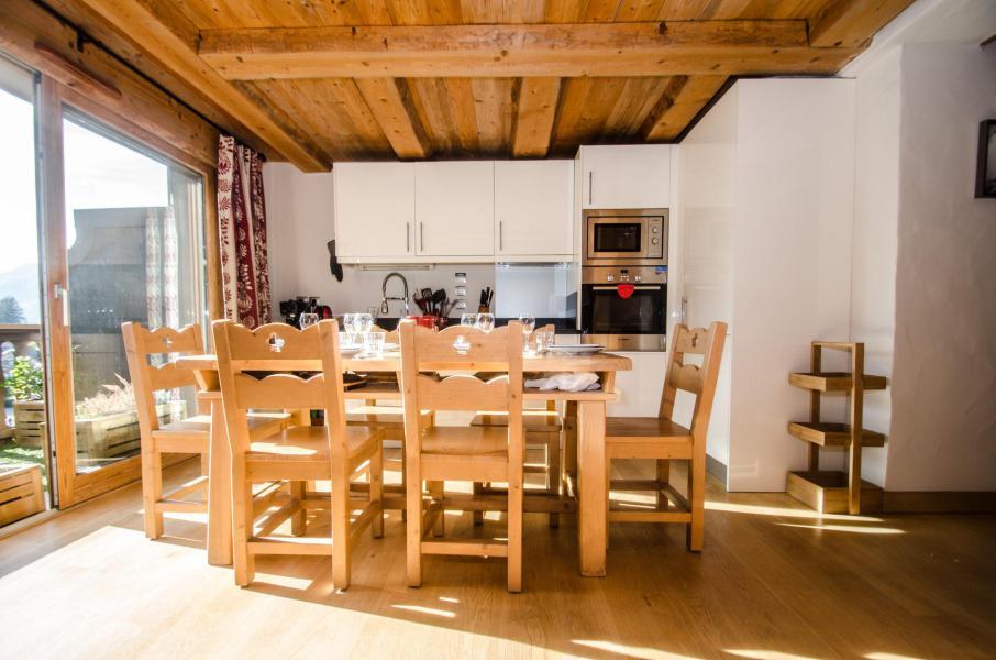 Urlaub in den Bergen 3-Zimmer-Appartment für 6 Personen - Hameau de la Blaitiere - Chamonix - Tisch