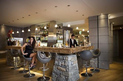 Vacaciones en montaña Hôtel Au Coeur du Village - La Clusaz - Bar
