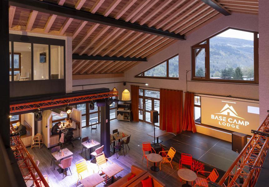 Vacaciones en montaña Hôtel Base Camp Lodge - Les Arcs -