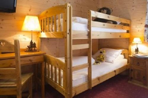 Holiday in mountain resort Hôtel Beaulieu - La Clusaz - Bunk beds