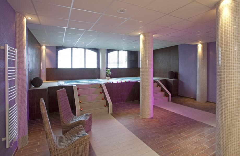 Vakantie in de bergen Hôtel Club Adonis Valfréjus by Olydea - Valfréjus