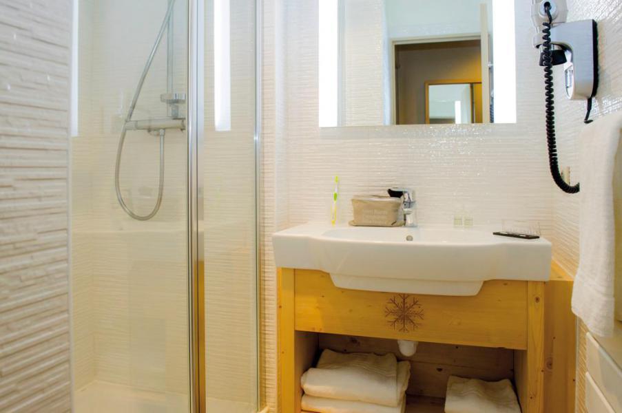 Vacaciones en montaña Habitación 2 personas (Confort) - Hôtel Club Les Alpes d'Azur - Serre Chevalier - Cuarto de baño