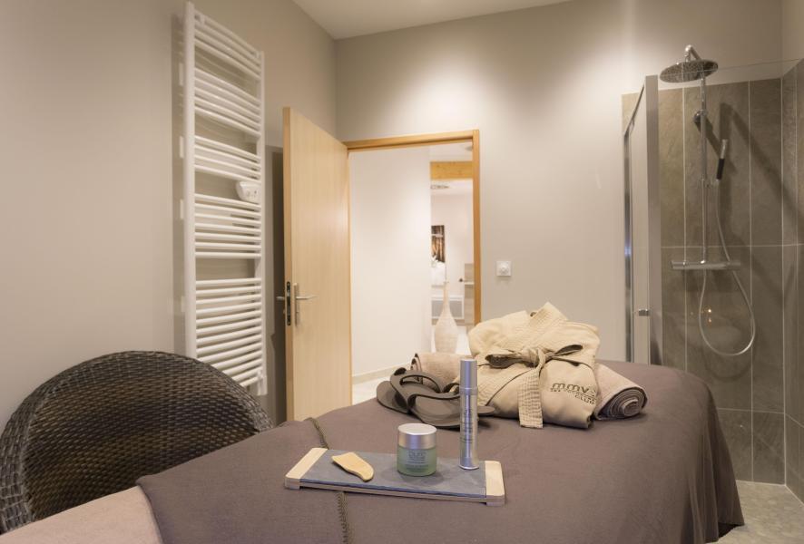 Holiday in mountain resort Hôtel Club MMV les Arolles - Val Thorens