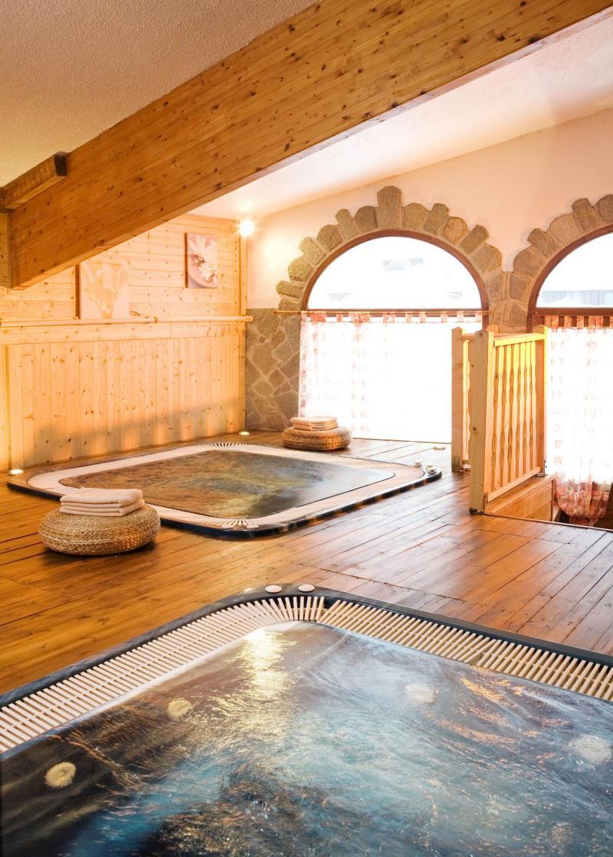 Vacances en montagne Hôtel Club MMV les Brévières - Tignes - Jacuzzi