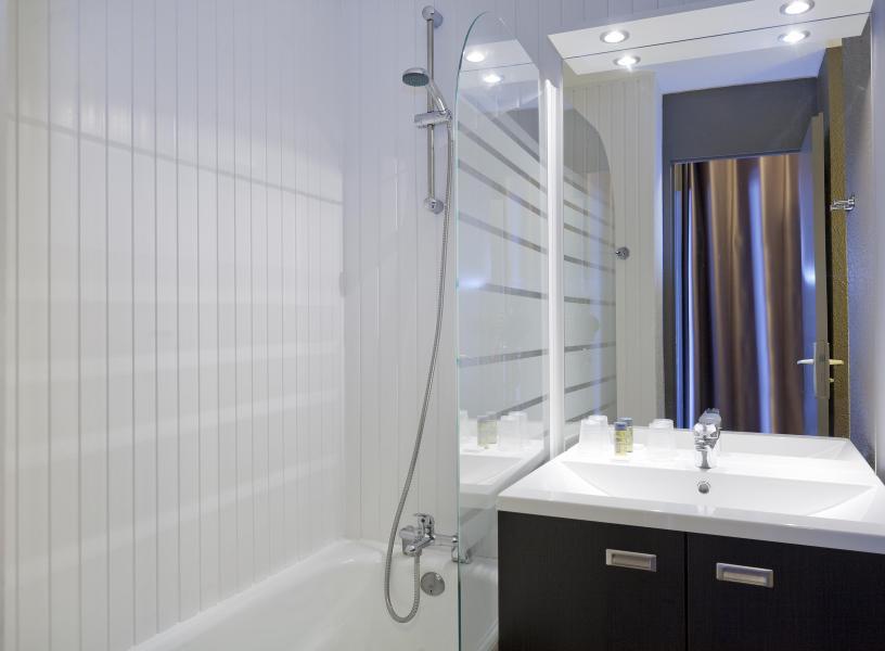 Holiday in mountain resort Hôtel Club MMV les Mélèzes - Les Arcs - Bathroom