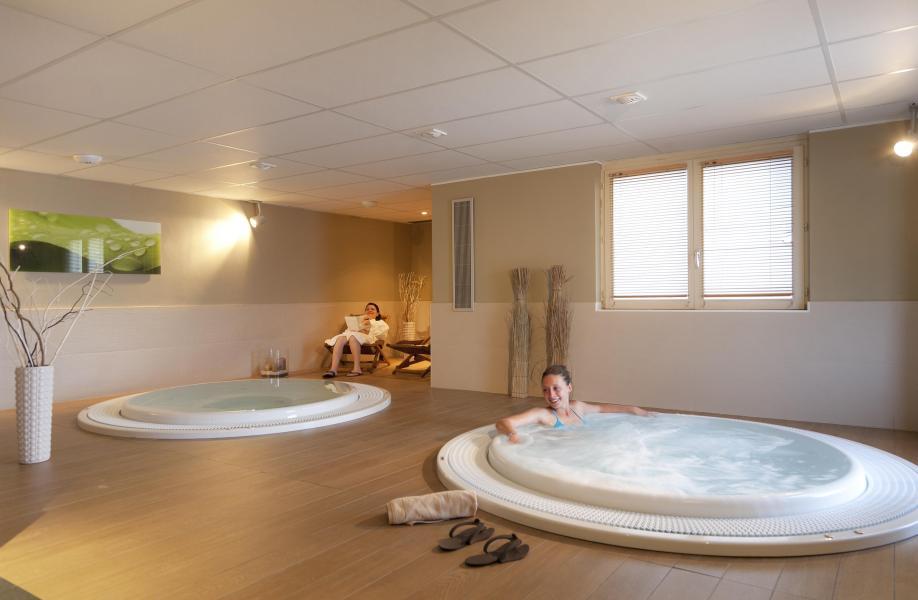 Vacances en montagne Hôtel Club MMV Monte Bianco - Saint Gervais - Bain à remous