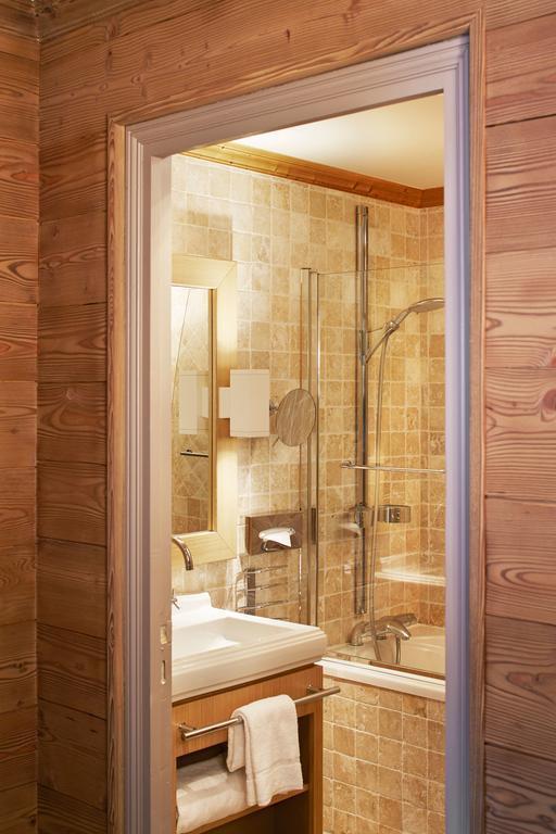 Holiday in mountain resort Comfort Room (2 people) - Hôtel des 3 Vallees - Courchevel - Bathroom