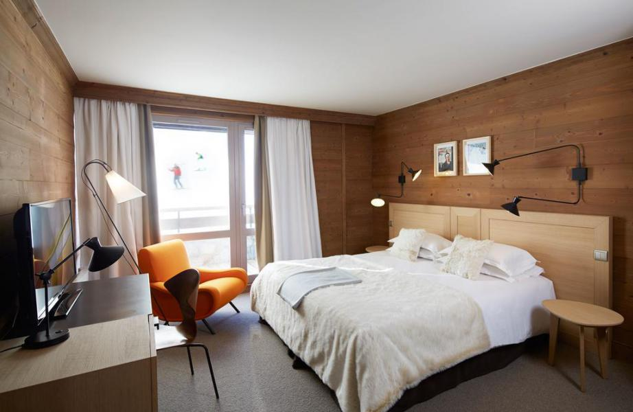 Holiday in mountain resort Comfort Room (2 people) - Hôtel des 3 Vallees - Courchevel - Double bed