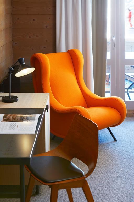 Holiday in mountain resort Privilege Room (2 adults + 1 child -16yo) - Hôtel des 3 Vallees - Courchevel - Armchair