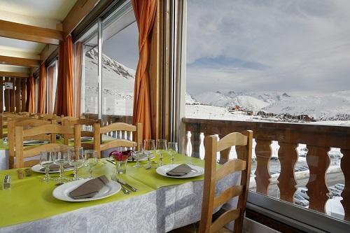 Holiday in mountain resort Hôtel Eliova le Chaix - Alpe d'Huez -