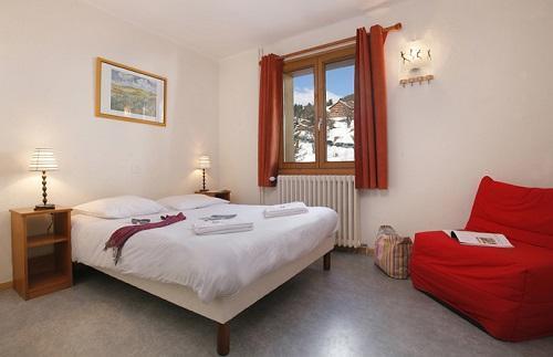 Holiday in mountain resort Hôtel Eliova le Génépi - Méribel - Bedroom