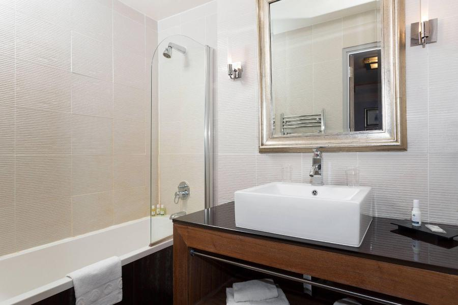 Vacances en montagne Hôtel Ibiza - Les 2 Alpes - Salle de bains