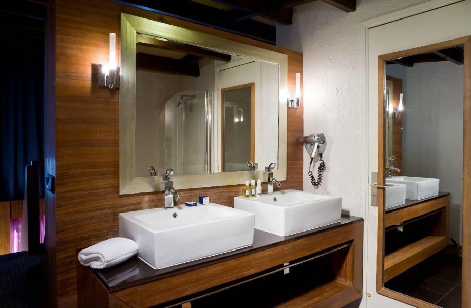 Urlaub in den Bergen Hôtel Ibiza - Les 2 Alpes - Waschbecken