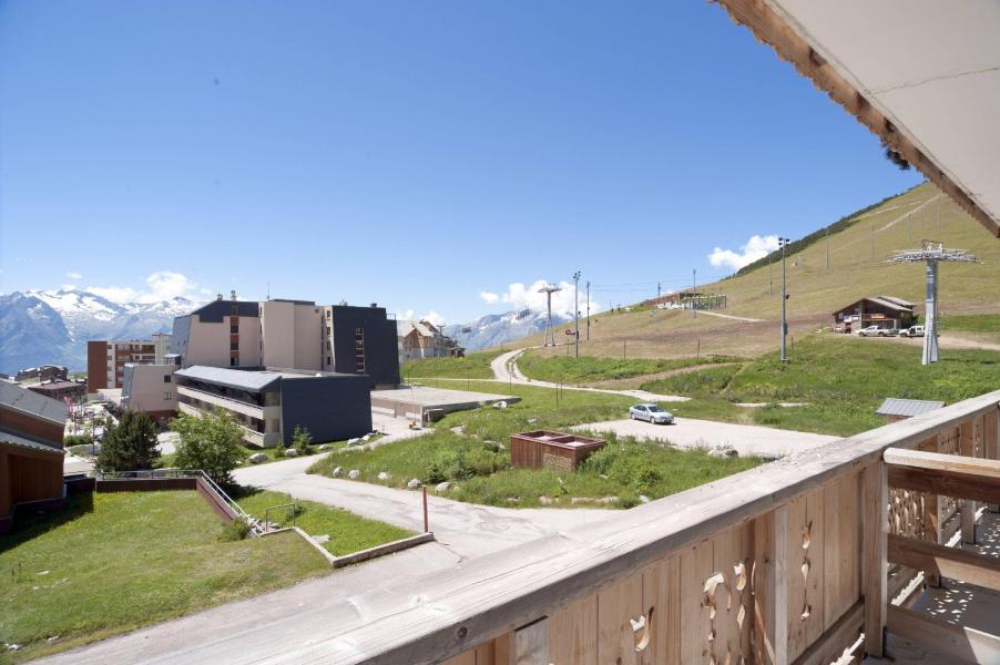 Wynajem na narty Hôtel le Christina - Alpe d'Huez - Na zewnątrz latem