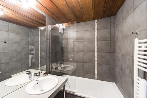 Urlaub in den Bergen Hôtel le Marmotel - Pra Loup - Badezimmer