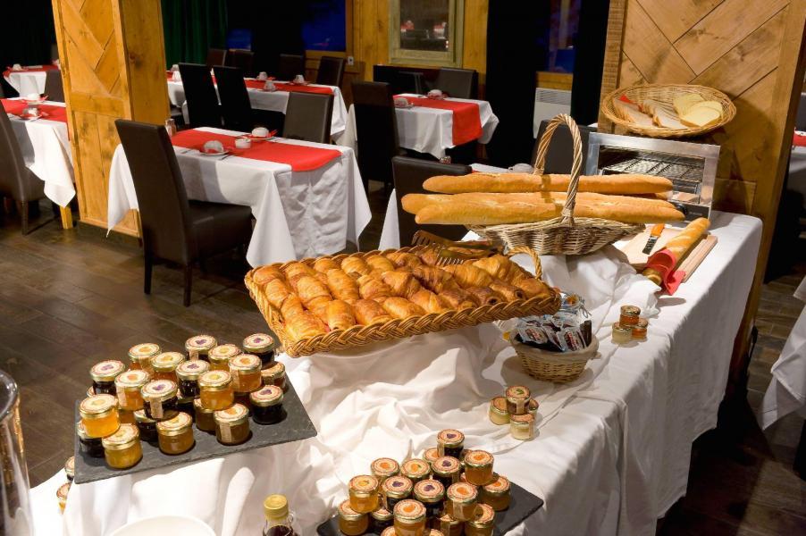 Vacances en montagne Hôtel le Mottaret - Méribel-Mottaret -