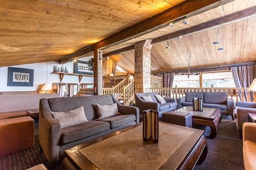 Urlaub in den Bergen Hôtel le New Solarium - Courchevel -