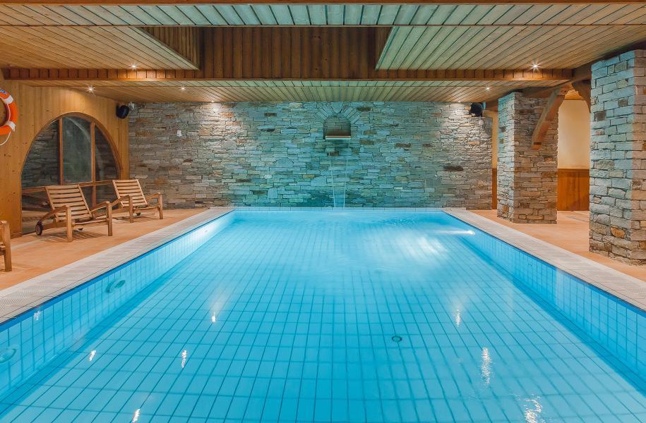 Holiday in mountain resort Hôtel les Balcons Village - La Plagne