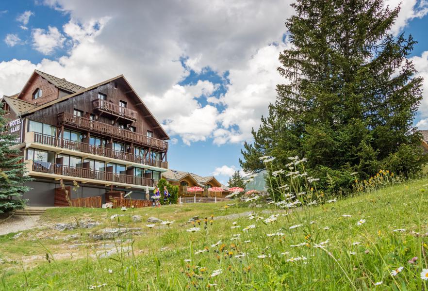 Urlaub in den Bergen Hôtel les Chardonnelles - Superdévoluy - Draußen im Sommer