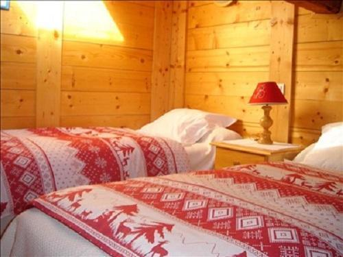 Holiday in mountain resort Quadruple room Mezzanine (2 adults + 2 children 2 - 12) - Hôtel les Glaciers - Samoëns - Bedroom
