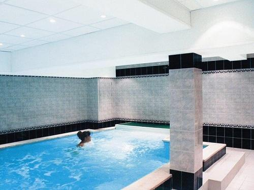 Urlaub in den Bergen Hôtel les Glaciers - Samoëns - Whirlpool