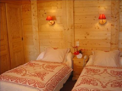 Urlaub in den Bergen Zweitbettzimmer (Badwanne WC) - Hôtel les Glaciers - Samoëns - Schlafzimmer