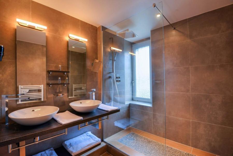 Urlaub in den Bergen Hôtel les Vallées - La Bresse - Badezimmer