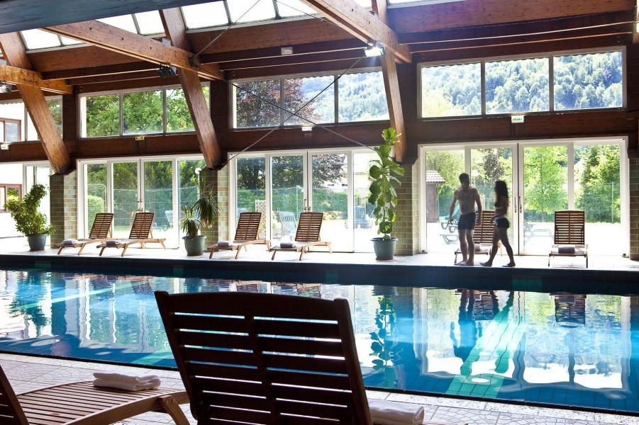 Holiday in mountain resort Hôtel les Vallées - La Bresse