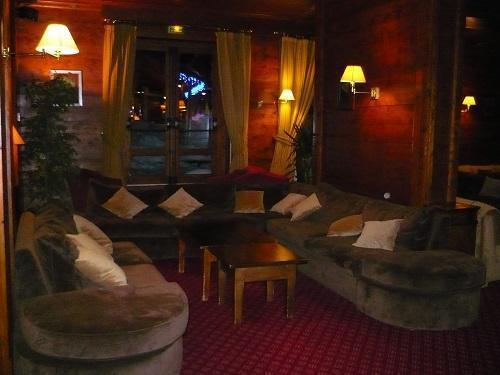 Holiday in mountain resort Hôtel Mont Vallon - Méribel-Mottaret -
