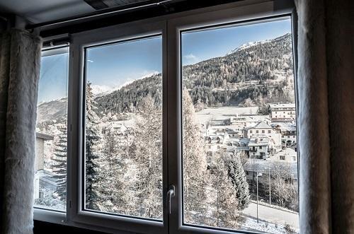 Vacaciones en montaña Hôtel Rock Noir - Serre Chevalier - Ventana