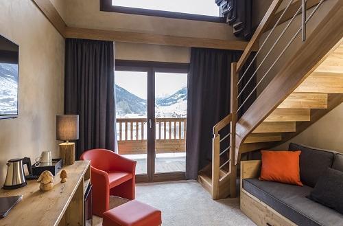 Vacances en montagne Hôtel Saint Charles Val Cenis - Val Cenis - Escalier