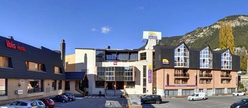 Location au ski Hôtel Suite Home Briançon - Serre Chevalier - Extérieur été