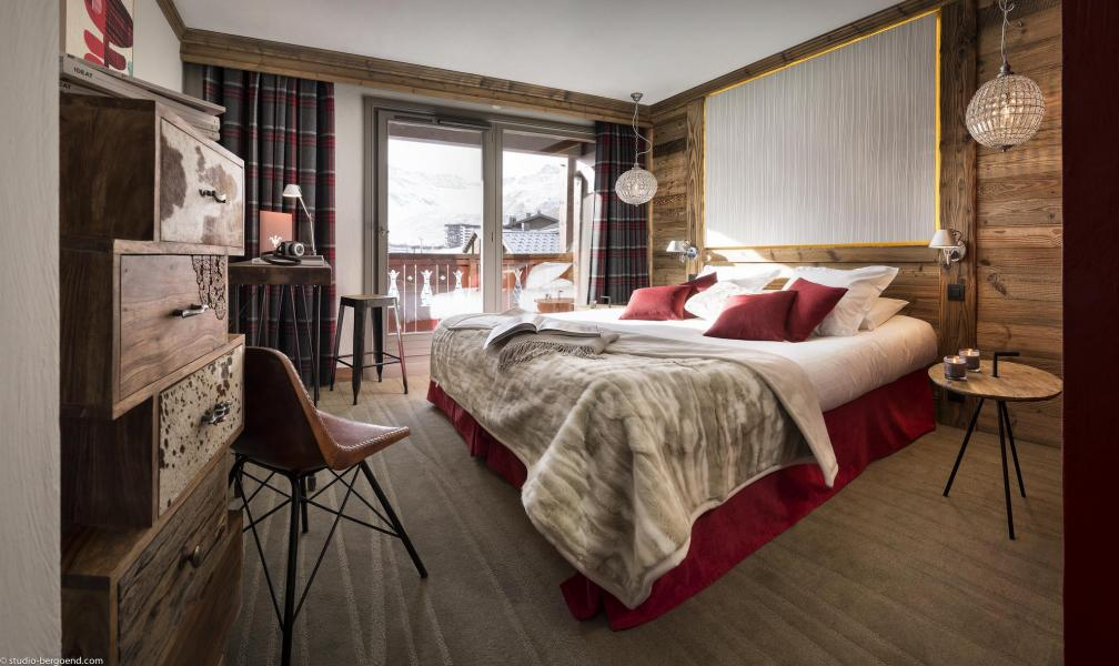 Holiday in mountain resort Hôtel Village Montana - Tignes - Double bed