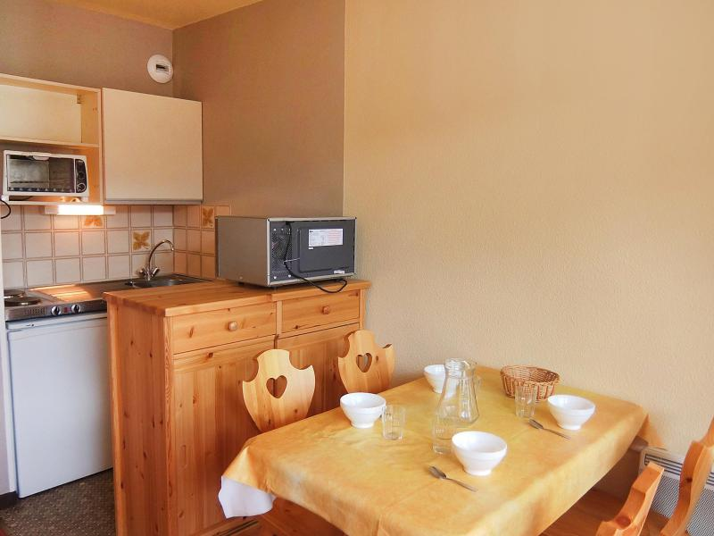 Holiday in mountain resort 2 room apartment 4 people (4) - L'Argousier - Les Menuires - Accommodation