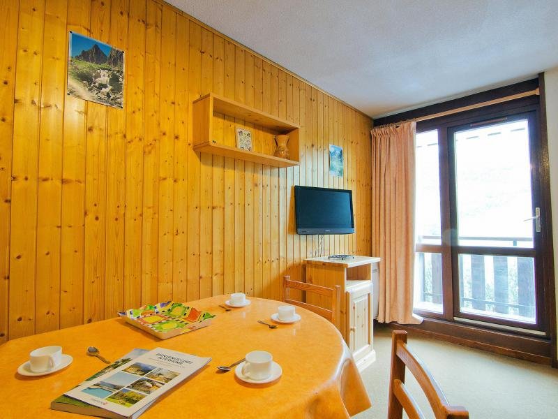 Holiday in mountain resort 1 room apartment 4 people (8) - L'Astragale - Les Menuires - Accommodation