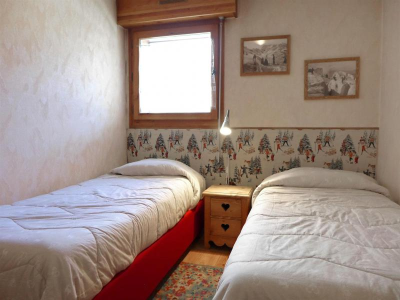 Holiday in mountain resort 2 room apartment 4 people (2) - L'Espace Montagne - Chamonix - Accommodation