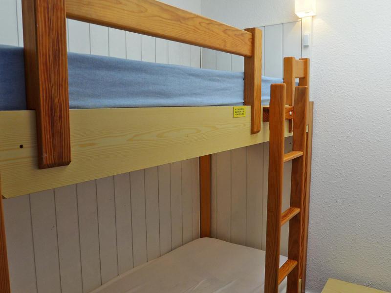 Holiday in mountain resort 3 room apartment 4 people (4) - La Balme - Chamonix - Accommodation