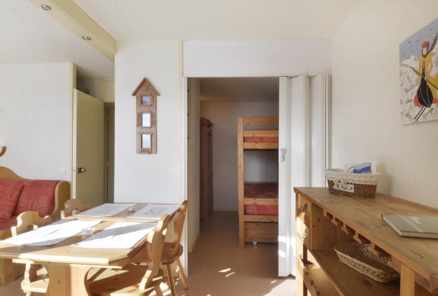 Holiday in mountain resort Studio cabin 4 people (105) - La Résidence 3000 - La Plagne