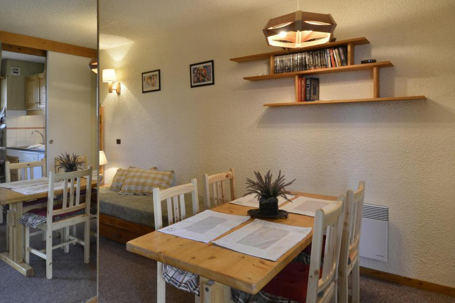 Holiday in mountain resort Studio 4 people (40) - La Résidence Améthyste - La Plagne - Dining area